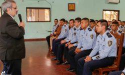 Ministro Griffith disertó ante policías en la Agrupación Especializada imagen