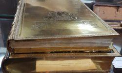 """""""Libro de Oro"""" retornará al Archivo Nacional tras casi 150 años imagen"""