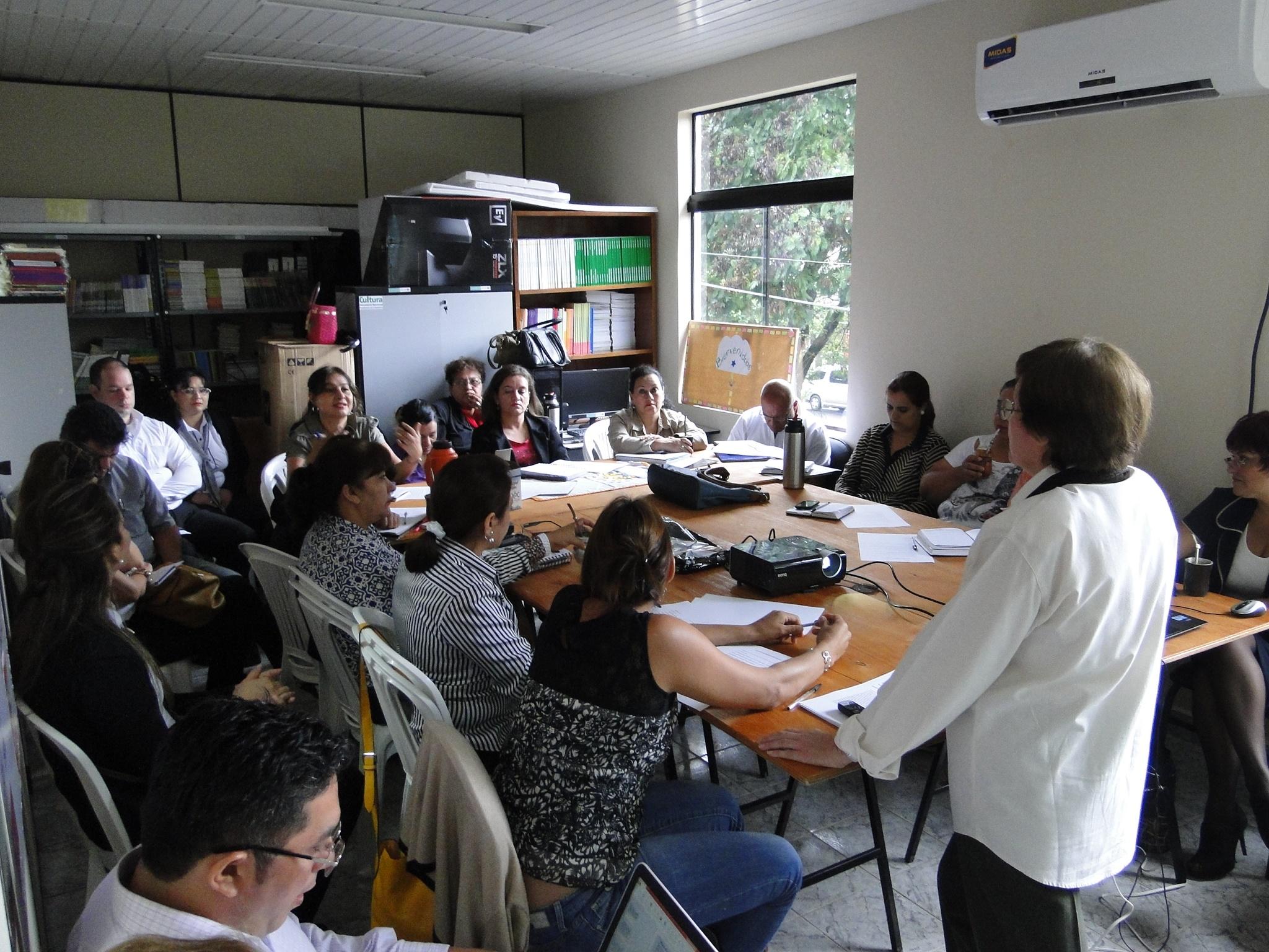 Antología Bilingüe de Alto Paraná se presentará el jueves imagen