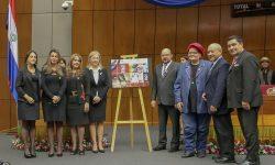 """Presentaron serie postal """"FONDEC, 20 años apoyando la cultura"""" imagen"""