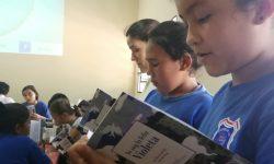 Embajada de Chile dona libros a escuelas del país y estimula el hábito de la lectura en los niños imagen