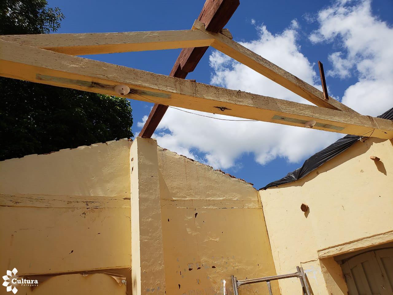 Funcionarios de Cultura verificaron situación de la obra de edificio patrimonial de Caazapá y casas de la Villa Inglesa en Sapucai imagen
