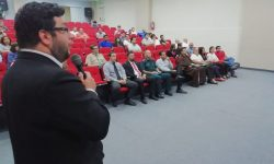 Sesquicentenario organizó charla sobre el Lopizmo imagen