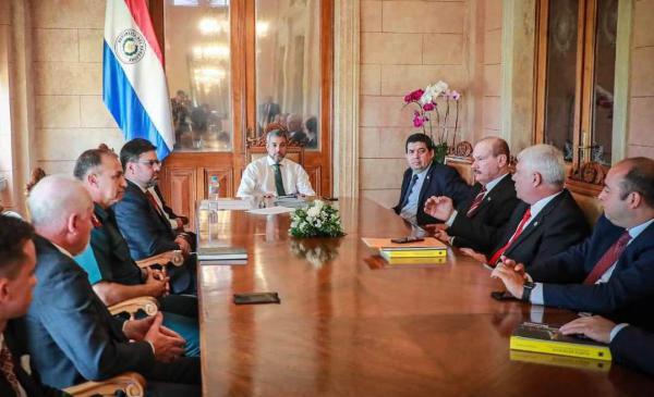 Informaron al Presidente de la República avance de trabajos en sitios históricos de Ñeembucú imagen