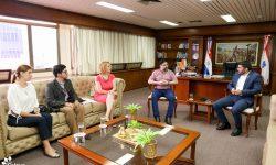 SNC y Municipalidad de Asunción afinan detalles para puesta en valor de cuatro plazas del Congreso